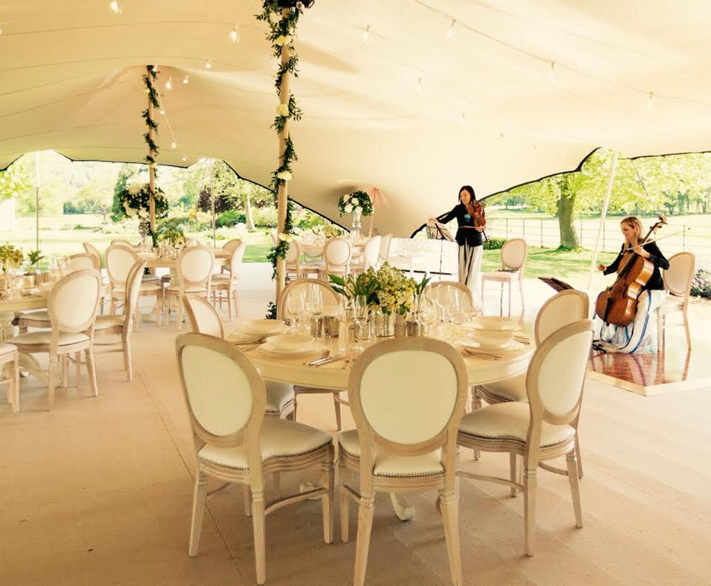 Bruiloft tent op locatie