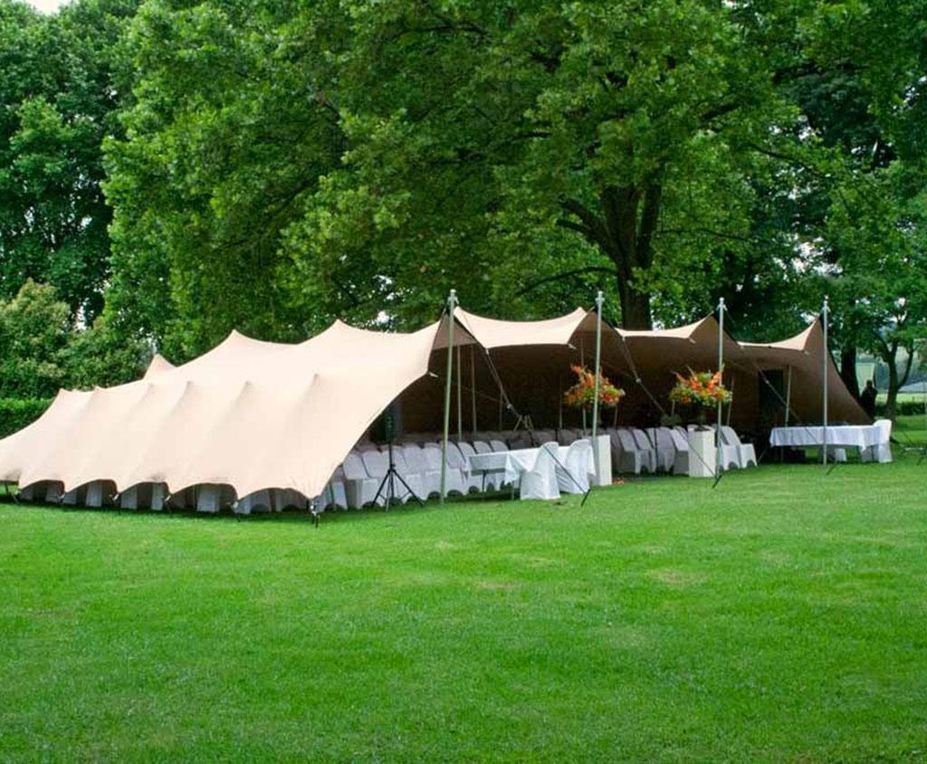 Beduin tent in tuin